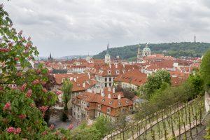 Toits de Prague depuis les jardins de Hradcany