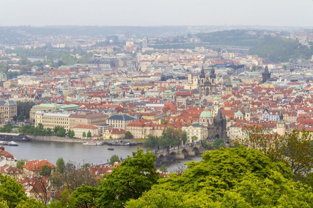 Vue sur Prague depuis Petřín
