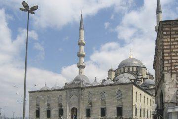 Mosquée neuve à Istanbul