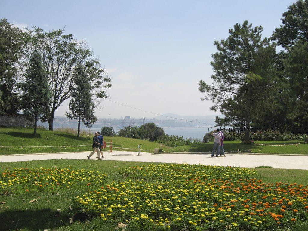 Le Bosphore depuis les jardins de Topkapi