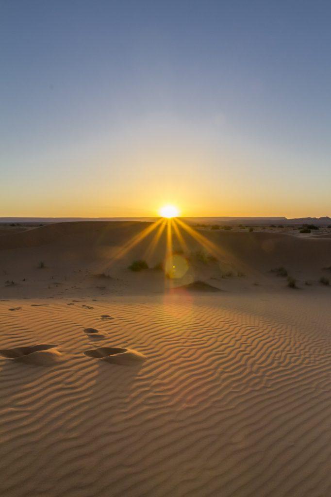 Lever du jour sur les dunes de Merzouga
