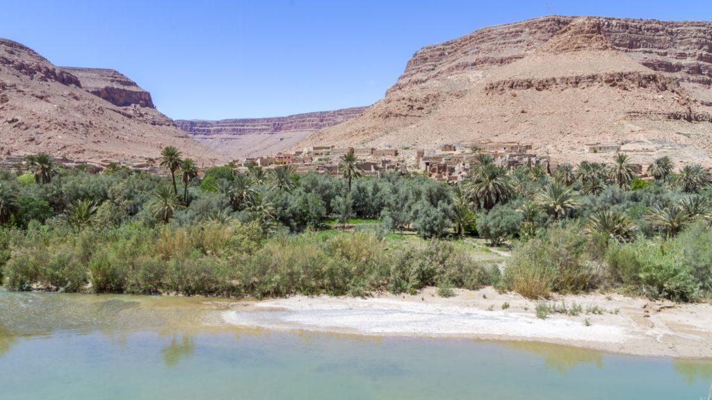Village dans la vallée du Oued Ziz