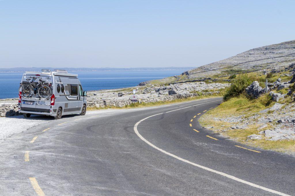 Route dans le Burren