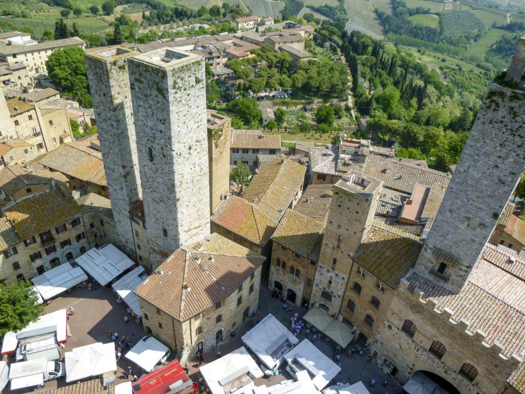 Vue sur San Gimignano depuis le haut d'une tour