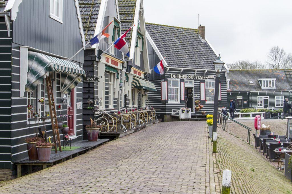 Au village de Marken