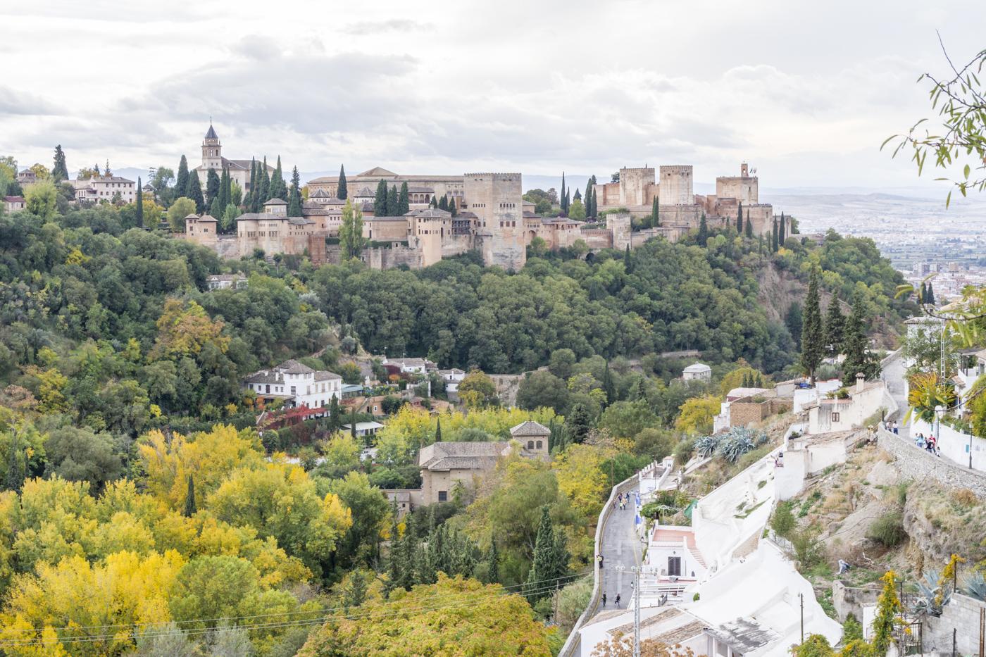 Vue sur l'Alhambra depuis le Sacromonte